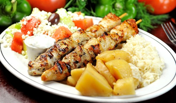 chicken souvlaki salad 2 world famous souvlaki chicken chicken